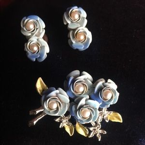 Vintage Brooch with matching Earrings